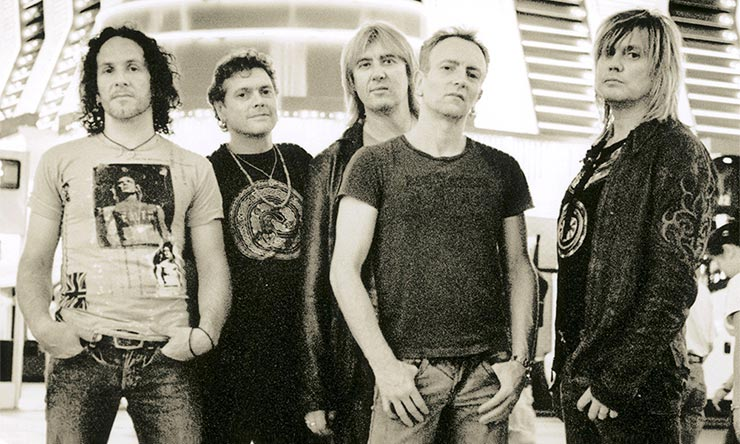 Def Leppard digital approved press shot later web optimised 740