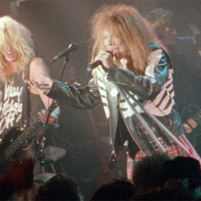 Guns N Roses - It's So Easy Video