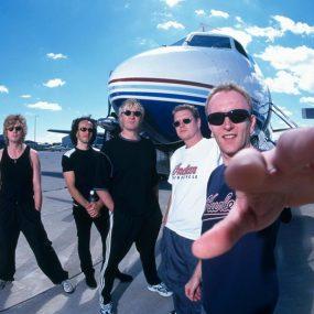 Def-Leppard-Brian-May-Road-Trip-With-Sammy-Hagar