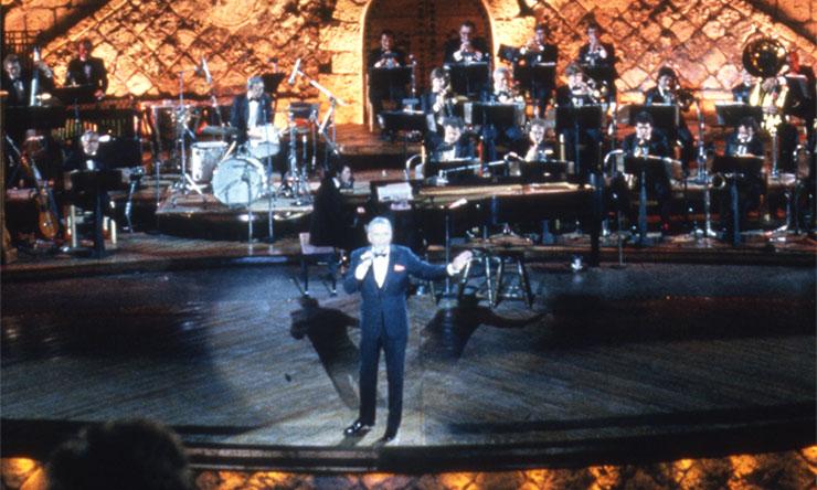 Frank Sinatra Concert For The Americas [02] web optimised 740 - CREDIT Frank Sinatra Enterprises