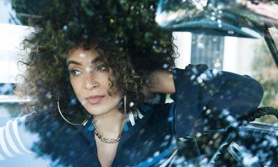 Kandace Springs 3036 by Jeff Forney Indigo press shot web optimised 1000