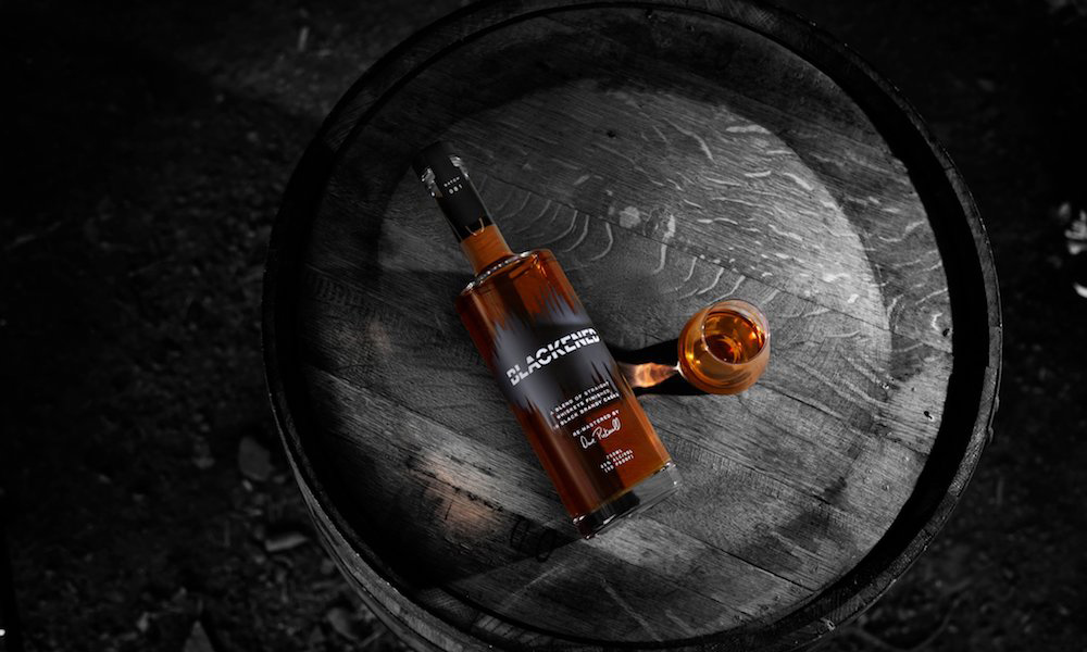Resultado de imagen de Metallica are launching their own brand of whiskey, 'Blackened'