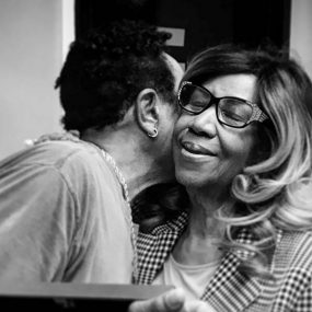 Smokey Robinson and Aretha Franklin [UMG 01 web optimised 1000