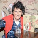 "Ronnie Wood Reveals Why 'Confessin' The Blues' Is ""Part Of Our History"""