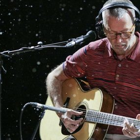Claymation Eric Clapton White Christmas