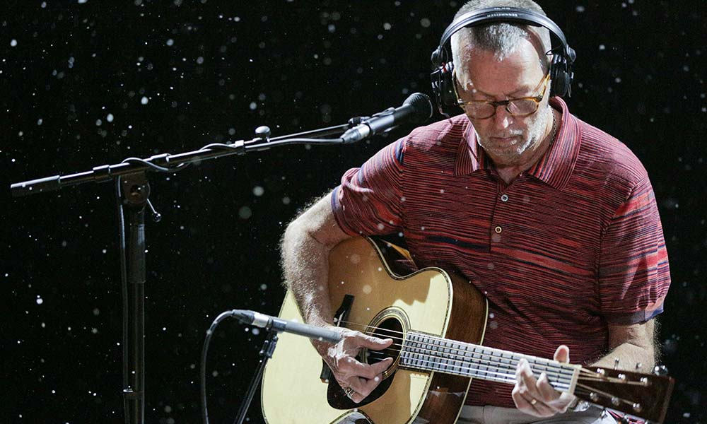 Eric Clapton White Christmas.Watch The Claymation Video For Eric Clapton S White Christmas