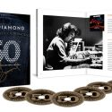 Neil Diamond Announces '50th Anniversary Collector's Edition' Retrospective