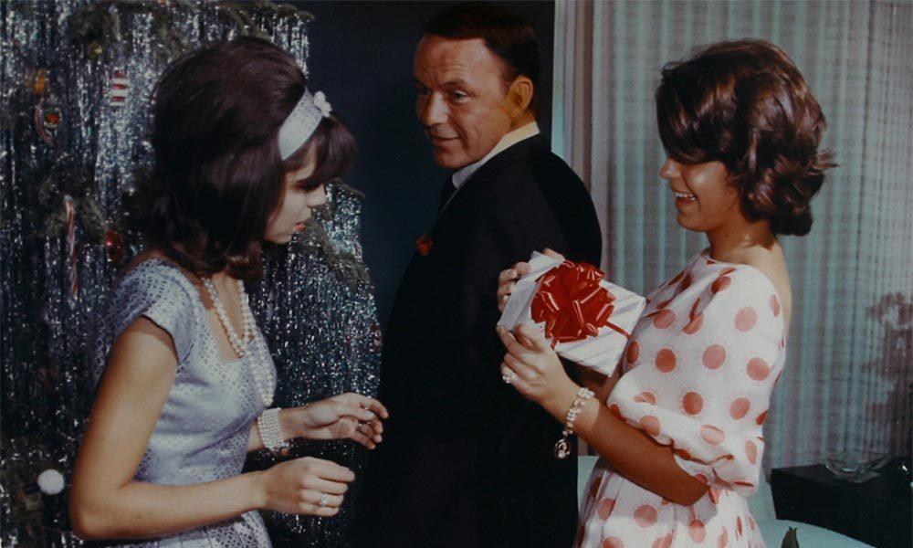 Frank Sinatra Christmas featured image web optimised 1000 CREDIT Frank Sinatra Enterprises