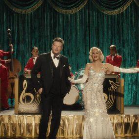 Gwen Stefani Christmas Blake Shelton