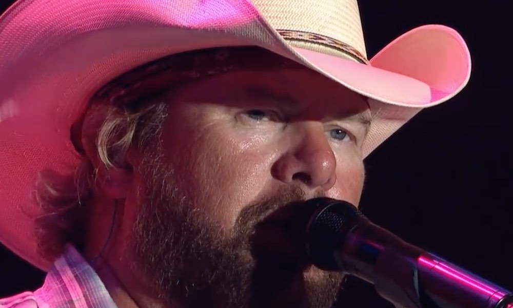 Toby Keith Unveils Live Video For 'Should've Been A Cowboy'