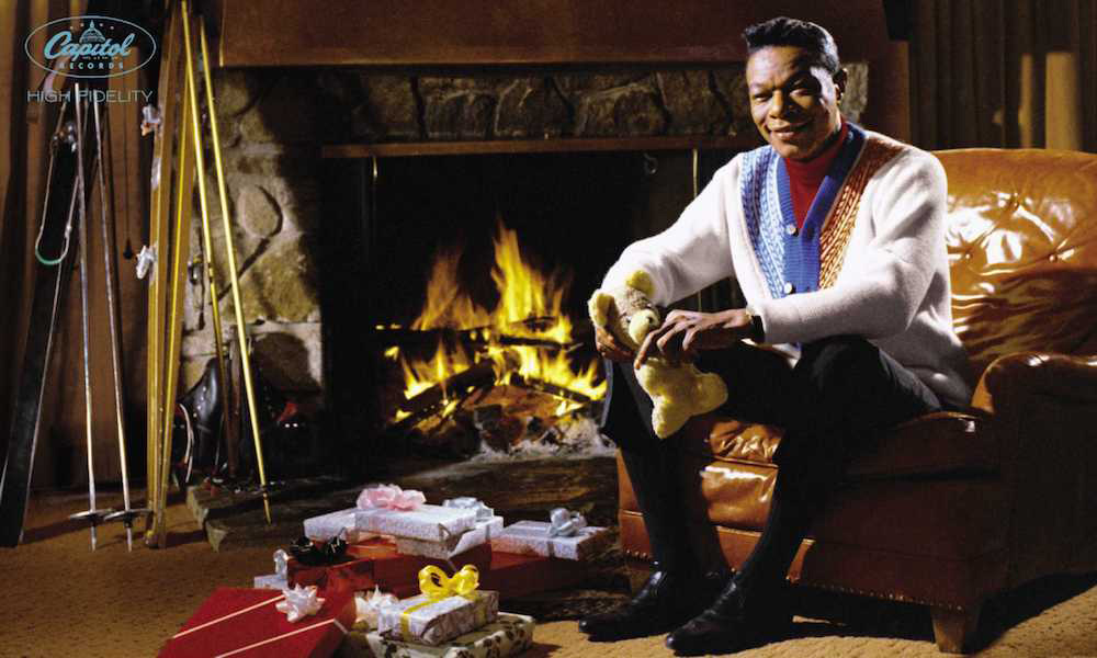 Nat King Cole Christmas.Nat King Cole S Holiday Track Returns To Billboard Hot 100