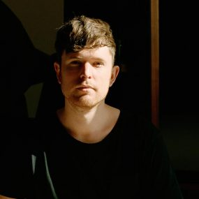 James Blake Assume Form press shot 2 credit Amanda Charchian web optimised 1000