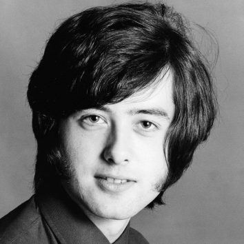 Jimmy Page GettyImages 84880867