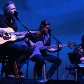 Metallica Acoustic Enter Sandman