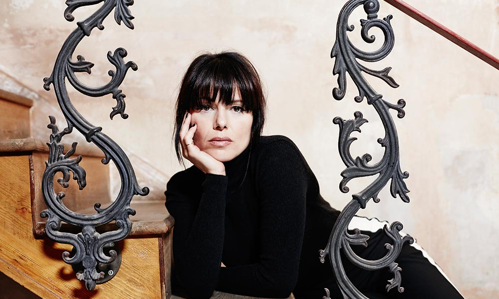 Imelda May 2017 Call Me press shot 1000 courtesy of Decca Records