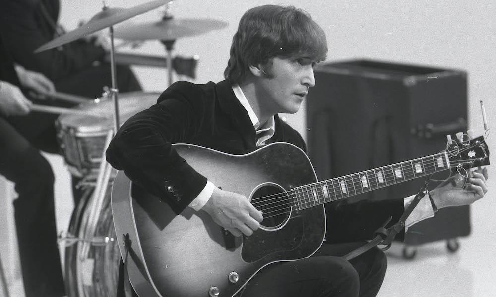 John Lennon 1964 GettyImages 86203094