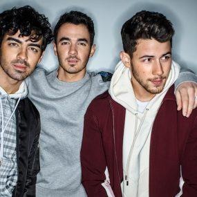 Jonas Brothers Video Single Cool
