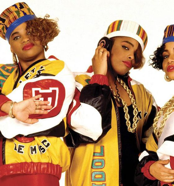 Salt-N-Pepa - Contact High by Janette Beckman.