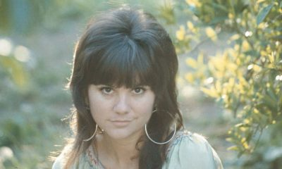 Linda Ronstadt vintage press shot 1000 CREDIT Capitol Archives