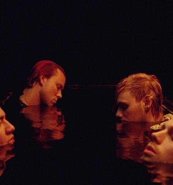 5 Seconds Of Summer Easier video