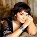 Watch Norah Jones Perform 'Begin Again' On 'The Today Show'