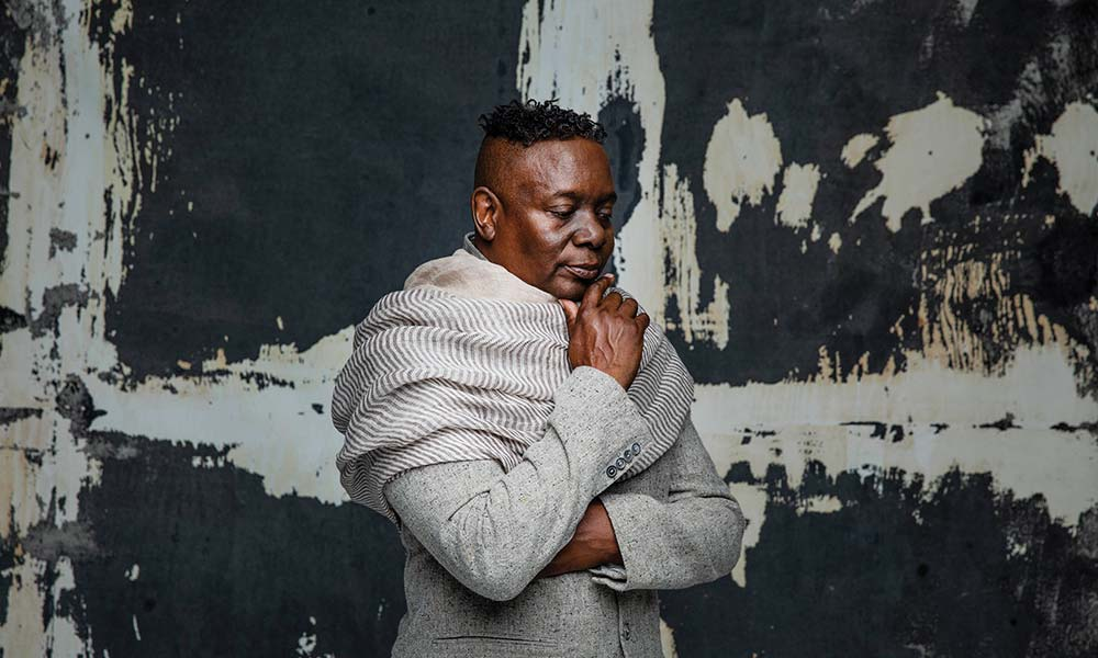 Philip Bailey Love Will Find A Way 2019 press shot 01 1000