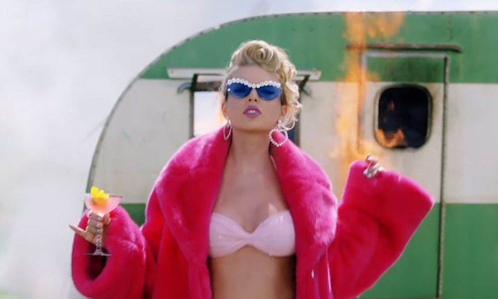 Taylor Swift You Need To Calm Down Video
