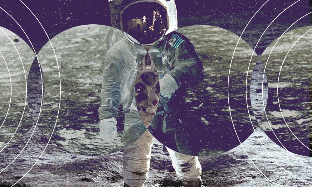 Songs about the moon featured image 1000