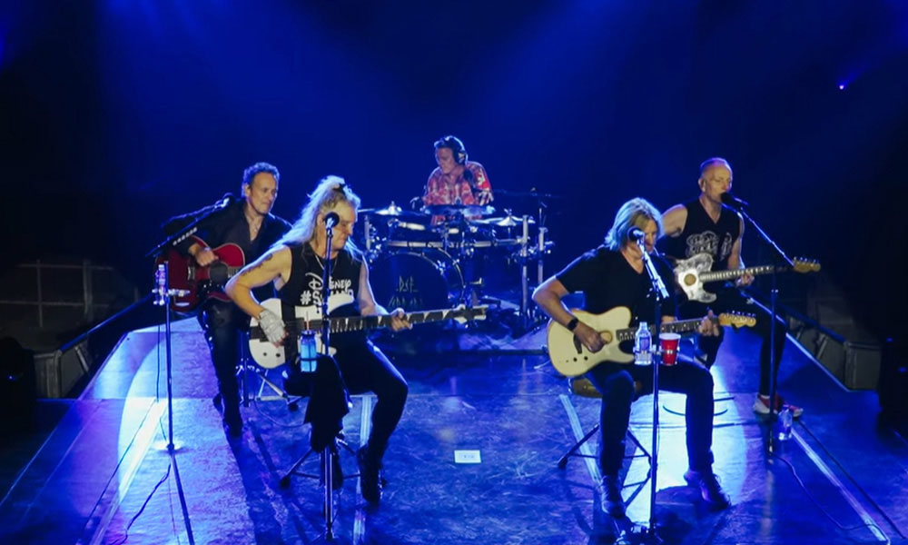 Watch Def Leppard's Behind The Scenes Video From Their Las Vegas Residency