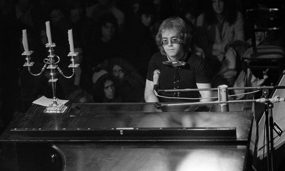 Elton John c 1970 GettyImages 85048229