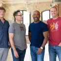 Hootie & The Blowfish Announce New Album, 'Imperfect Circle'