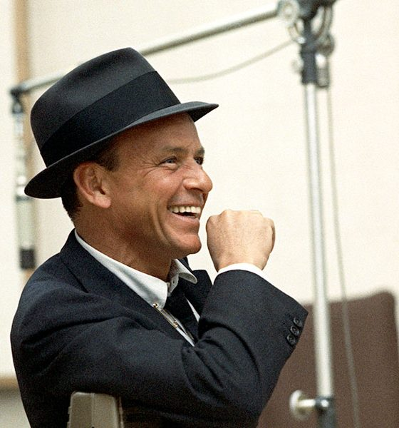 Frank Sinatra color Capitol Photo Archives web optimised 1000