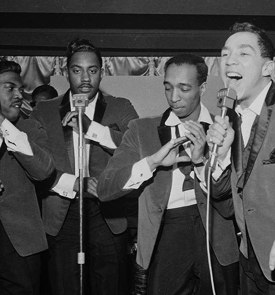 Smokey Robinson And The Miracles Shop Around song story