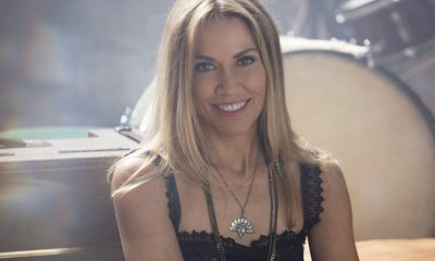 Sheryl Crow press shot Dove Shore Big Machine