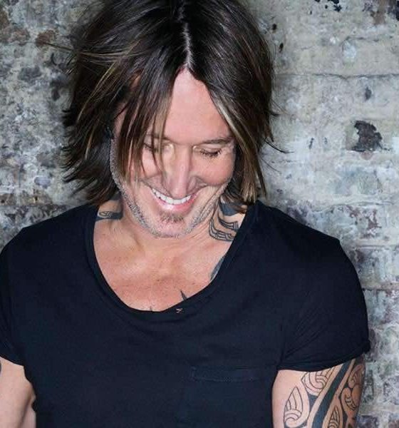 Keith Urban Graffiti U press photo