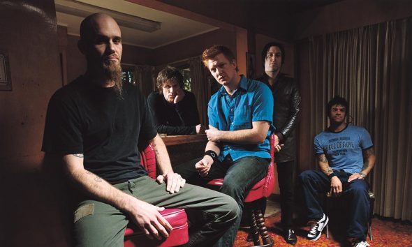 Queens-Of-The-Stone-Age-Press-Shot-03-1000
