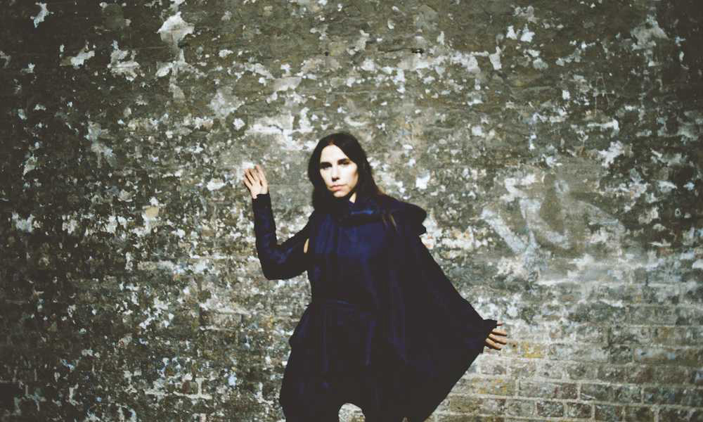 PJ Harvey Doc 'A Dog Called Money' Gets US Theatrical Premiere
