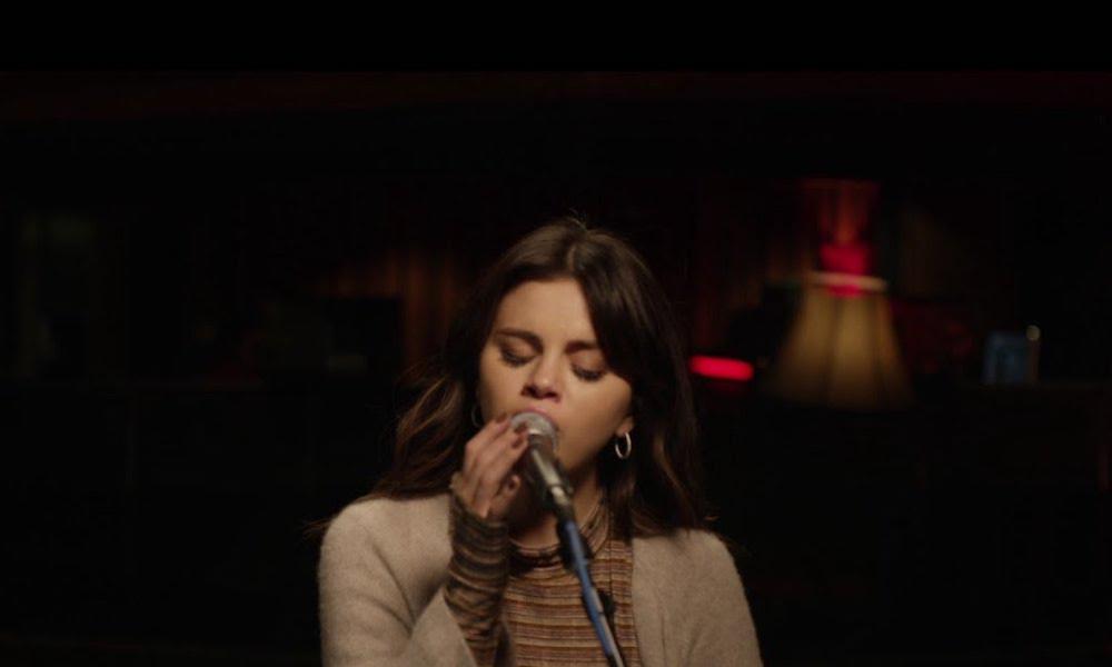 Selena Gomez Rare Acoustic Performance