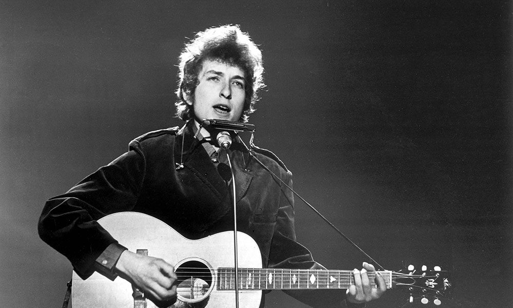 Singer-songwriter Bob Dylan