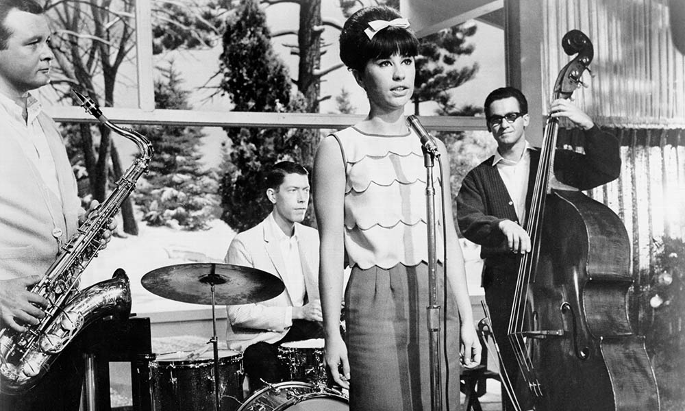 Astrud Gilberto photo by Michael Ochs