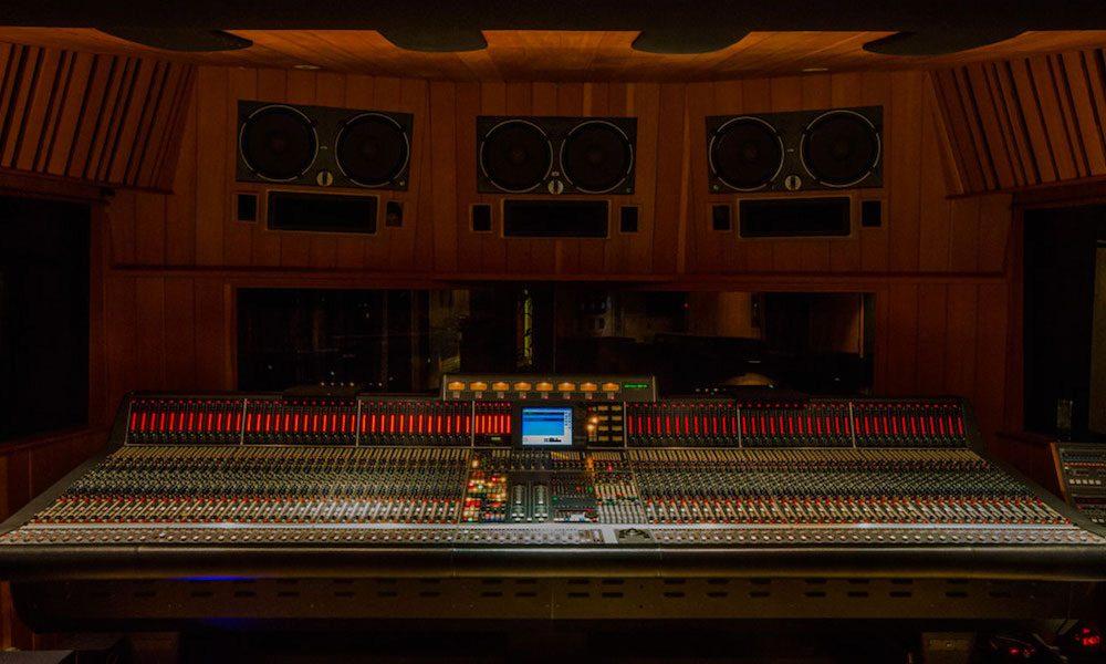 Village Studio - Studio D - Tina Morris