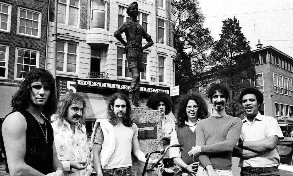 Frank-Zappa-GettyImages-99881262.jpg