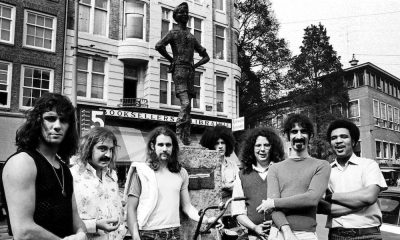 Frank-Zappa-GettyImages-99881262.jpg