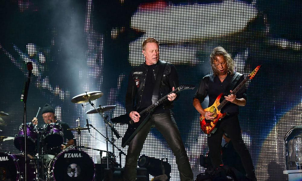 Metallica-Offstage-With-DWP-Streaming