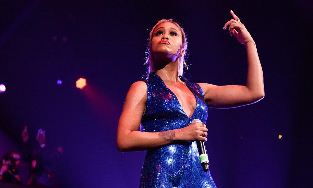 Eve Verzuz Performing