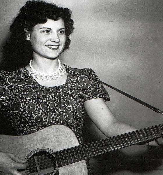 Kitty Wells 1950 GettyImages 155273350