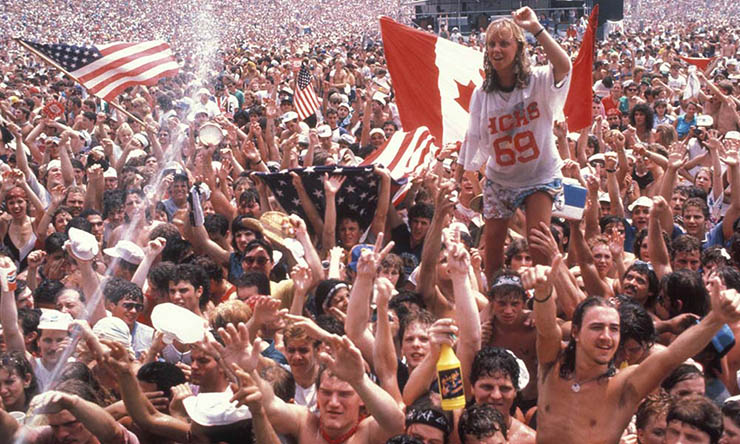 Crowd in Philadelphia at Live Aid