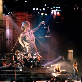 Metallica-Damaged-Justice-Tour-1989