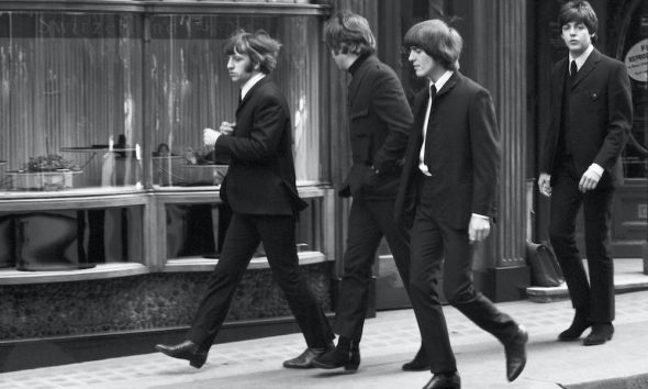 Beatles Help Derek Bayes Iconic Images