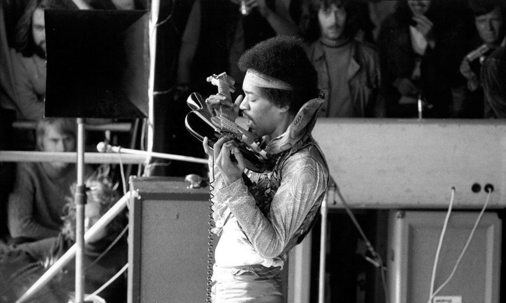 Jimi-Hendrix-In-Mau-Documentary